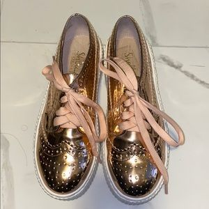 Rose Gold Shellys sneakers